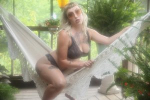 Naliya adult dating in Pottstown